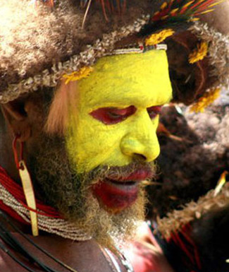 A performer of Goroka Festival in Papua New Guinea (photo J Hodgson)